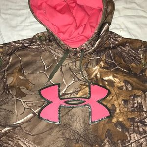 Under Armour camo/pink insulated hoodie